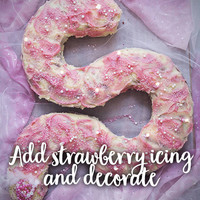 Strawberry icing decorate