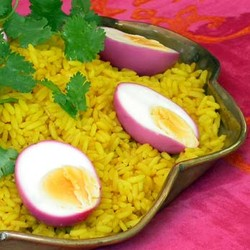 Golden rice with magenta eggs