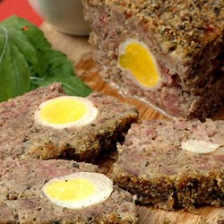 Meatloaf with bacon and egg %281%29