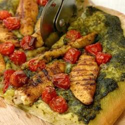 Masala chicken and cherry tomato pizza %282%29