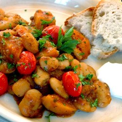 Beans with butternut and tomato