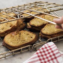 Tomato and onion braai broodjies edited